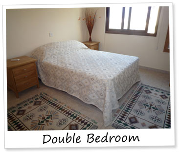 Paphos holiday apartment - Double Bedroom